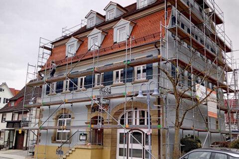 Außenrenovierung der ehemaligen Gaststätte Alt-Ergenzingen – jetzt Burger-Boss-Bar